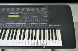 61-Key Digital Music Piano Keyboard Yamaha PSR-5700