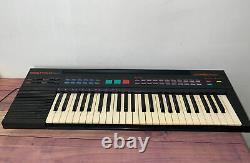RARE Yamaha PSR-8 Keyboard Music Production 49 Key Piano Made In Japan