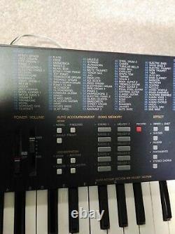 Yamaha Portasound Pss 680 61 Keys Stereo Music Station