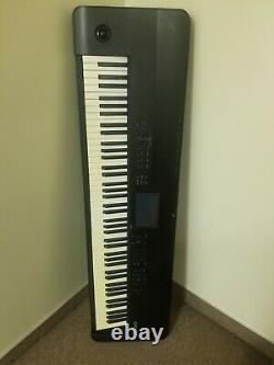 Korg Krome 88 Key Music Station Clavier Synthétiseur Synthétiseur Piano
