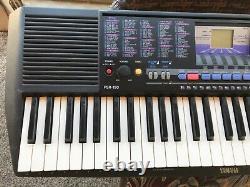Yamaha Psr-190 Clavier Pour Piano À 61 Clés Avec Le Repos Musical Et Le Cordon D'alimentation Et La Batterie D