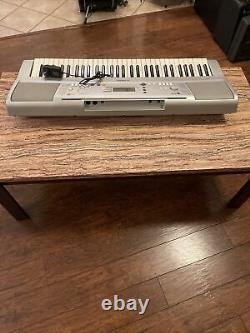 Yamaha Ypt300 Clavier Piano Instrument De Musique Fonctionne Très Bien