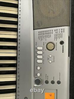Yamaha Ypt300 Clavier Piano Musical Instrument Works Great